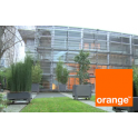 Orange Issy Leclerc